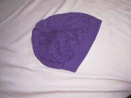 Bonnet en crochet violet