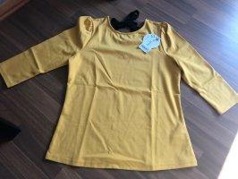 Gelbes Shirt