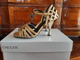 Geox: goldfarbene Sandaletten, Größe 38