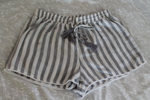 Zara Shorts bianco-grigio