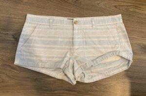 Gestreifte Shorts / Hotpant von Abercrombie and Fitch in Größe 10 (40)