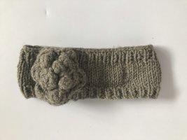 Gestricktes Stirnband aus Wolle