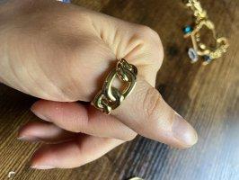 Gewundener Ring