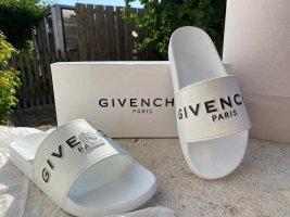 Givenchy Klapki basenowe biały