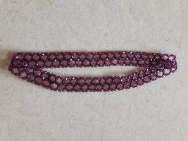 Glänzendes Haarband aus Perlen