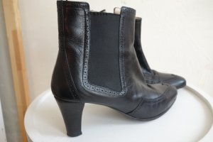 Unützer Booties black leather