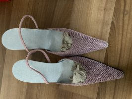 Sandalias con tacón color rosa dorado