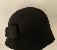 Adolfo Dominguez Cloche Hat black