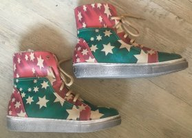 Goby High Top Sneaker