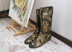 Goldene Chanel Stiefel Rarität