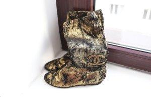 Chanel Korte laarzen zwart-goud