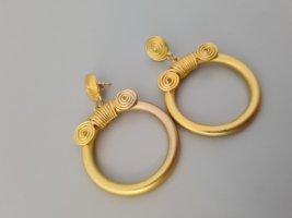 Vintage Pendientes de oro color oro
