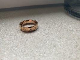 Goldener Ring von Esprit