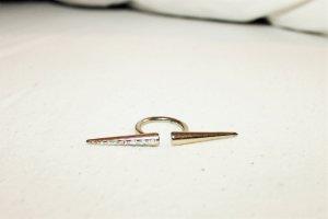 Goldener Statement-Ring mit Glitzersteinen