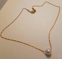 Goldfarbende Kette mit Perlen-Anhänger