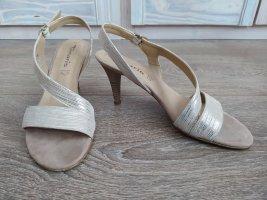 Goldfarbene Sandalette von Tamaris