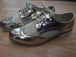 Zapatos Budapest color oro