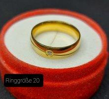 Goldfarbener Ring aus Stahl (neu)