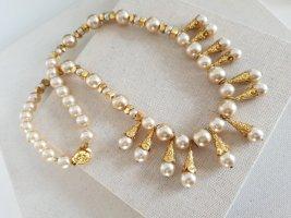 Boutique Ware Zdobiony naszyjnik jasnobeżowy-złoto
