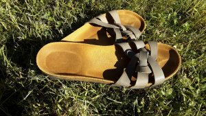 Lola Gonzalez Sandalias de tiras marrón grisáceo-marrón arena