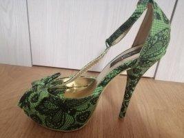 gotic, pin up high heels