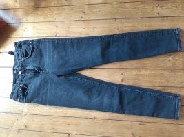 grau-schwarze highwaist Jeans