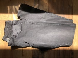 Graue Basic Jeans