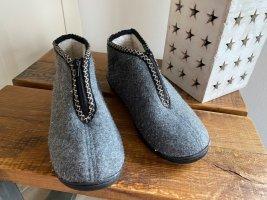 Pantoufles-chaussette argenté-gris tissu mixte