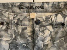 Graue Hose mit Magnolien Druck von MICHAEL KORS