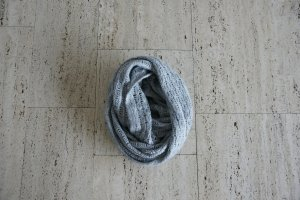 H&M Crochet Scarf grey-light grey
