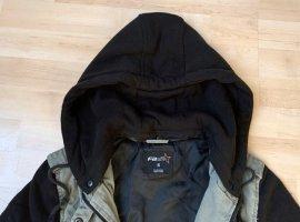Grün-Schwarze Jacke mit Kapuze