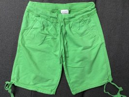 Grüne Sommerhose/-short