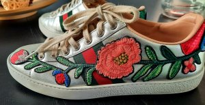 "GUCCI ""Ace"" Sneakers mit Stickerei"