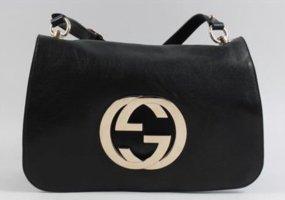 Gucci Blondie Medium Flap Shoulderbag