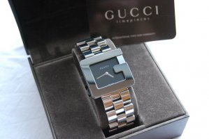 Gucci G-Watch Damenuhr