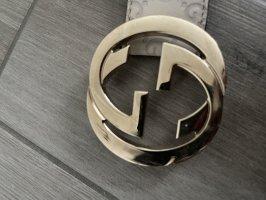 Gucci Cinturón de cuero beige claro