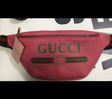 Gucci Banane rouge framboise-noir cuir