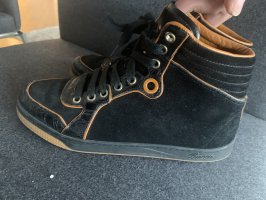 Gucci high top Sneaker in schwarz mit orange Akzenten Gr.38