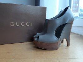 Gucci Bottine à talon compensé gris
