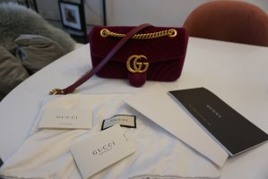 Gucci Marmont samt Rubin rot Medium