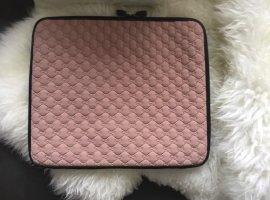 Gucci Funda para portátil color rosa dorado-negro