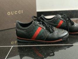 Gucci Sneakers met veters zwart Leer