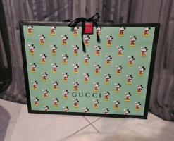 Gucci Comprador verde claro