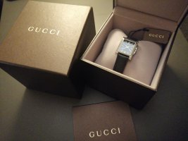 Gucci Uhr ganz neu
