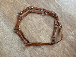Gürtel aus Leder mit silbernen Ringen sehr selten!