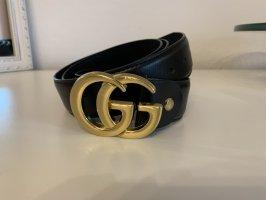 Cinturón de cuero negro-color oro