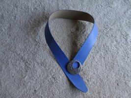 Ceinture de hanches bleu fluo cuir