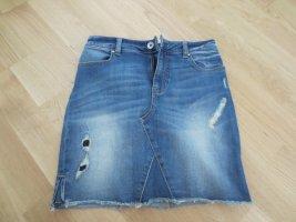 Guess Jeans Rock, Gr. 34/36, 3x getragen NEU, knielang