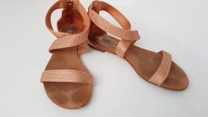 Guess Sandales à talons hauts et lanière abricot