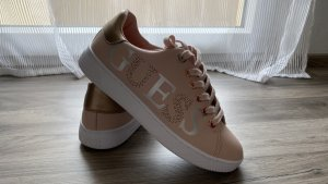 Guess Lace-Up Sneaker pink